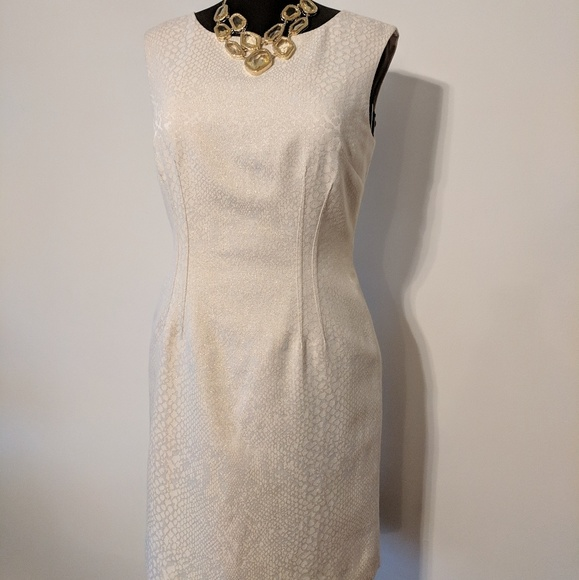 Tahari ASL Dresses & Skirts - Tahari ASL Cream Gold Sheath & Exposed Back Zipper